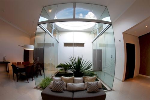casa com iluminação natural