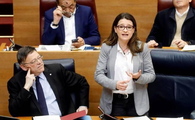 Ximo Puig y Mónica Oltra. (EFE)