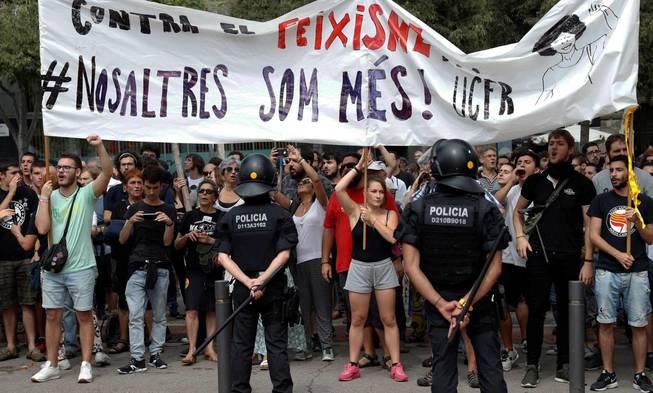 Contramanifestación contra el Fascismo. (EFE)