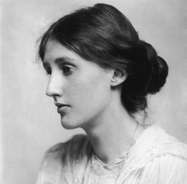 Virginia Woolf retratada por George Charles Beresford