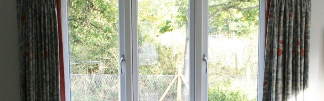 janela com perfil de alumínio